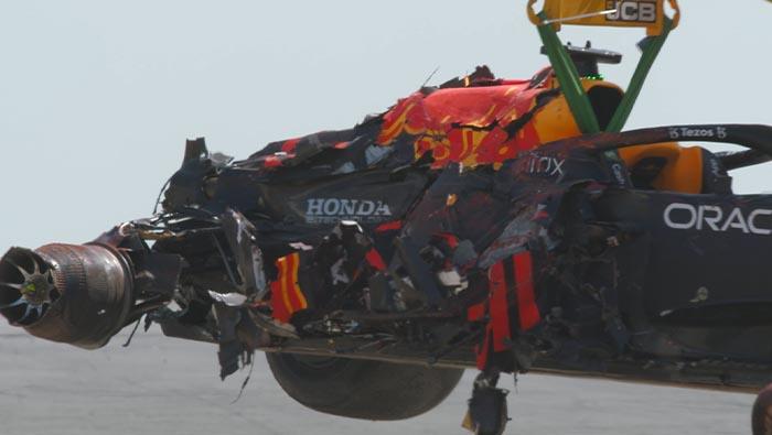 Hivatalos: Felülvizsgálják a Hamilton-Verstappen ütközést
