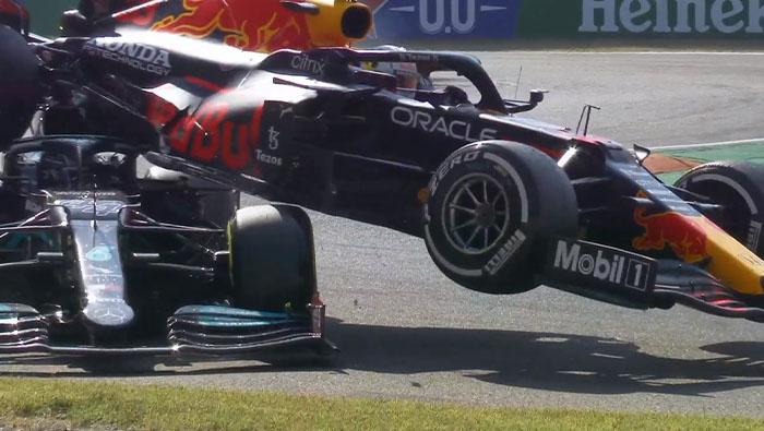 Red Bull: Max nem szándékosan tette